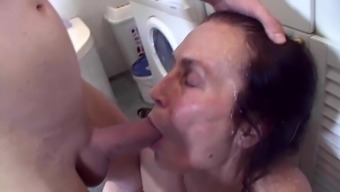 Cleaning lady fucked roighly