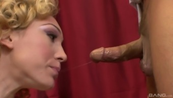 Lily Labeau gets naked for an incredible shagging game