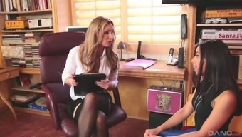 Tanya Tate is curious about Jasmine Summers's hot body
