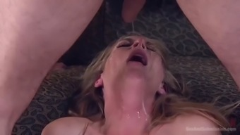 sub whore mona wales can't stop screaming in pain during her anal punishment