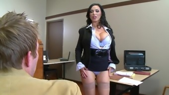 Nikki Benz wants heavy inches down her tight little cunt