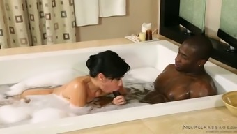Busty Asian fuck doll Kimmy Lee blows BBC when taking bath