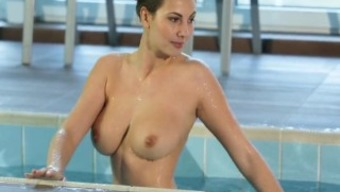 HD - Passion-HD Sexy Connie Carter skinny dips with big cock