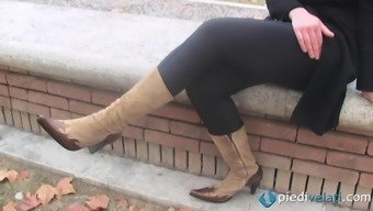 Outdoors foot fetish shoot with sexy Italian cowgirl