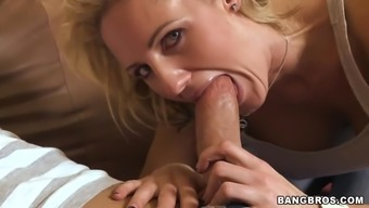 Sexy Blond Sucks and Gets a Huge Cock in Her Pussy