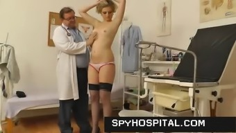 Aged gyno doctor operates a hidden cam