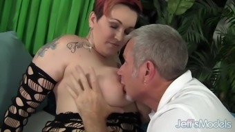 Chubby mom Selenda White takes fat cock