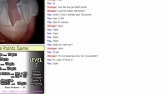 Girl playing Points Game on Omegle