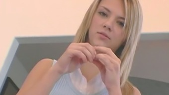 Ashlynn Brooke has a talent and skill and she gives some upper tier fellatio