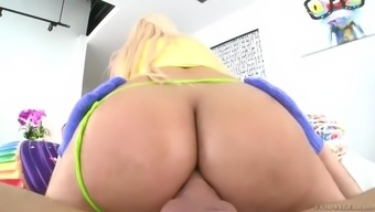 dude gains eternal glory by fucking superb luna star in her perfect butt