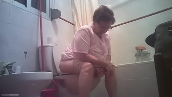 My sister-in-law pissing