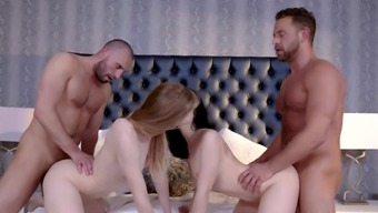 Exclusive foursome porn with two bi sexual hotties