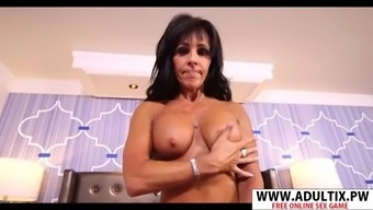 Rough mother in law laila suck good young dad&#39s friend