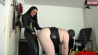 Anal BDSM fuck party with german domina and bisex sklaves