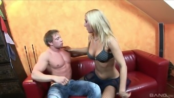 Blonde whore Dionne blows cock in fishnet stockings