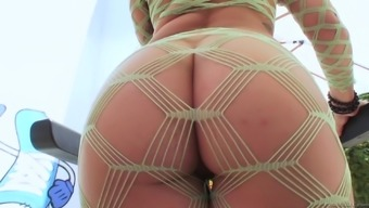 Tattooed porn star in pantyhose fucked Hardcore in outdoor couple sex