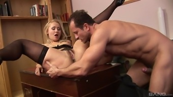 Elegant babe in stockings finally gets a dick into her hungry pussy