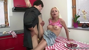 He fucks not her blond motherinlaw at the kitchen