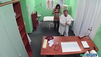 Eva Johnson comes to the doctor in black stockings and gets fucked