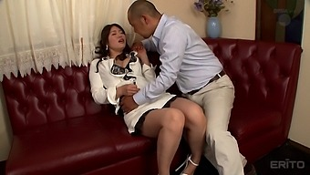 Busty Kaori gets seduced by the bald guy and gladly rides his dick