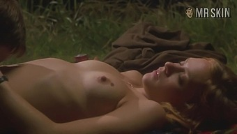 Nude scenes featuring Chloe Sevigny and other hot actresses
