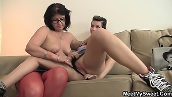 BF finds her in family threesome with his olds