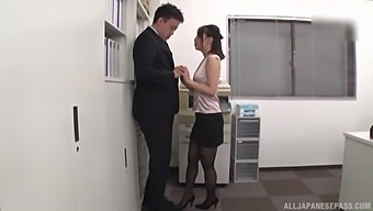 Deep vaginal after the guy makes a small hole through her black pantyhose